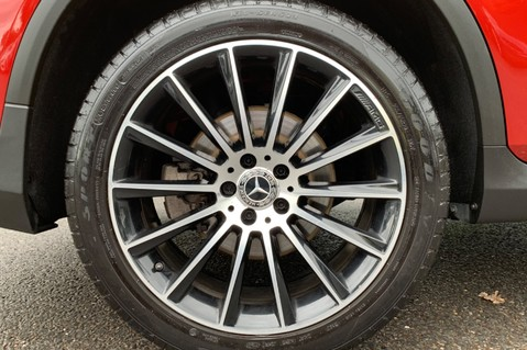 Mercedes-Benz GLC GLC 350 D 4MATIC AMG LINE PREMIUM -NIGHT PACKAGE -RARE DESIGNO HYACINTH RED 64