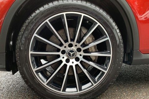 Mercedes-Benz GLC GLC 350 D 4MATIC AMG LINE PREMIUM -NIGHT PACKAGE -RARE DESIGNO HYACINTH RED 66