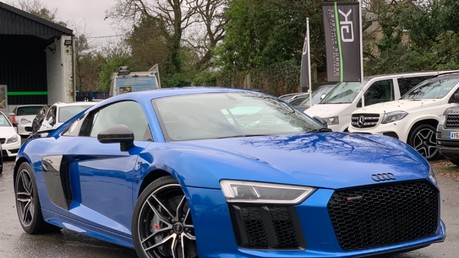 Audi R8 V10 PLUS QUATTRO - B&O -REVERSE CAMERA - EXTENDED NAPPA LEATHER Video