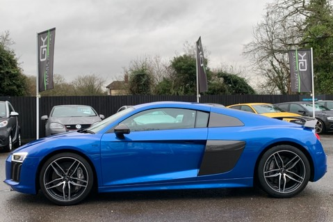 Audi R8 V10 PLUS QUATTRO - B&O -REVERSE CAMERA - EXTENDED NAPPA LEATHER 9