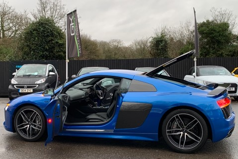 Audi R8 V10 PLUS QUATTRO - B&O -REVERSE CAMERA - EXTENDED NAPPA LEATHER 16