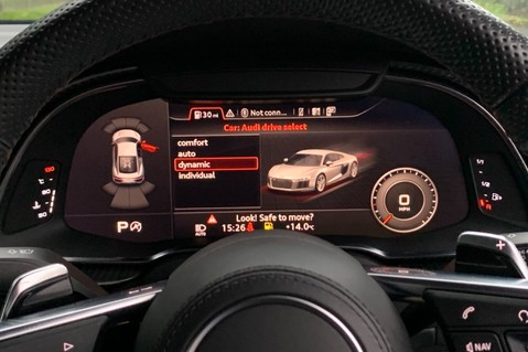 Audi R8 V10 PLUS QUATTRO - B&O -REVERSE CAMERA - EXTENDED NAPPA LEATHER 44