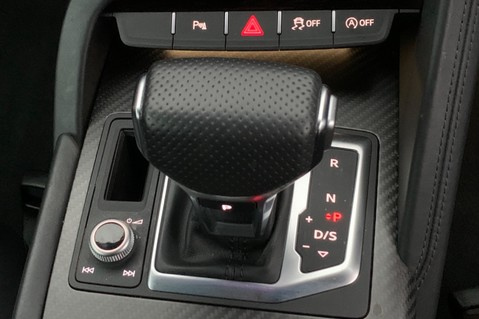 Audi R8 V10 PLUS QUATTRO - B&O -REVERSE CAMERA - EXTENDED NAPPA LEATHER 49