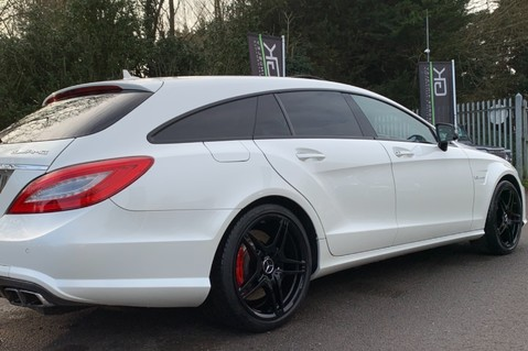 Mercedes-Benz CLS CLS63 AMG S - RARE CLS 63-S SHOOTING BRAKE -19K EXTRAS!! - FULL MBSH 31
