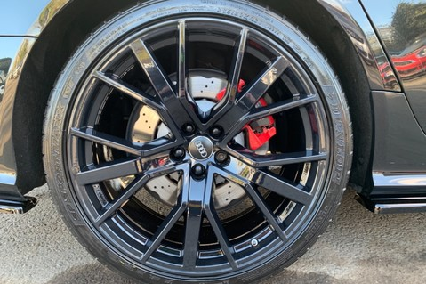 Audi RS6 RS6 PLUS AVANT TFSI QUATTRO PERFORMANCE- MILLTEK INC SPORTS CATS -PAN ROOF 98