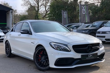 Mercedes-Benz C Class AMG C 63 PREMIUM - RED/BLACK LEATHER - 19 INCH CROSS SPOKES - AMG EXHAUST
