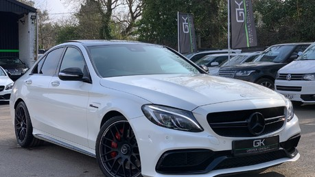 Mercedes-Benz C Class AMG C 63 PREMIUM - RED/BLACK LEATHER - 19 INCH CROSS SPOKES - AMG EXHAUST Video