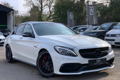 Mercedes-Benz C Class AMG C 63 PREMIUM - RED/BLACK LEATHER - 19 INCH CROSS SPOKES - AMG EXHAUST 1