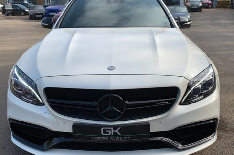 Mercedes-Benz C Class AMG C 63 PREMIUM - RED/BLACK LEATHER - 19 INCH CROSS SPOKES - AMG EXHAUST 24