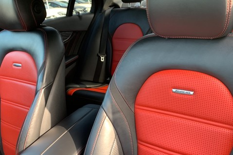 Mercedes-Benz C Class AMG C 63 PREMIUM - RED/BLACK LEATHER - 19 INCH CROSS SPOKES - AMG EXHAUST 32
