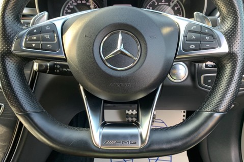 Mercedes-Benz C Class AMG C 63 PREMIUM - RED/BLACK LEATHER - 19 INCH CROSS SPOKES - AMG EXHAUST 60