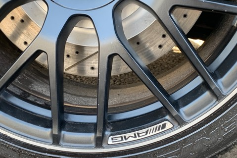 Mercedes-Benz C Class AMG C 63 PREMIUM - RED/BLACK LEATHER - 19 INCH CROSS SPOKES - AMG EXHAUST 82