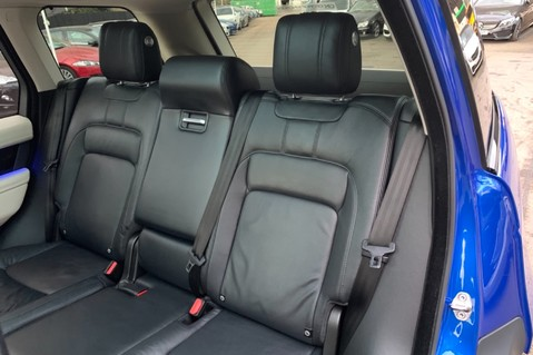 Land Rover Range Rover SDV6 VOGUE SE - RARE VELOCITY BLUE - REAR ENTERTAINMENT - VATQ 38