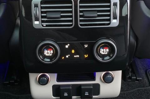Land Rover Range Rover SDV6 VOGUE SE - RARE VELOCITY BLUE - REAR ENTERTAINMENT - VATQ 45