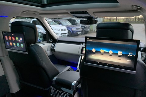 Land Rover Range Rover SDV6 VOGUE SE - RARE VELOCITY BLUE - REAR ENTERTAINMENT - VATQ 48