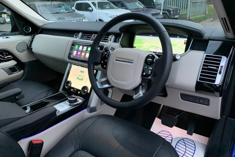 Land Rover Range Rover SDV6 VOGUE SE - RARE VELOCITY BLUE - REAR ENTERTAINMENT - VATQ 53