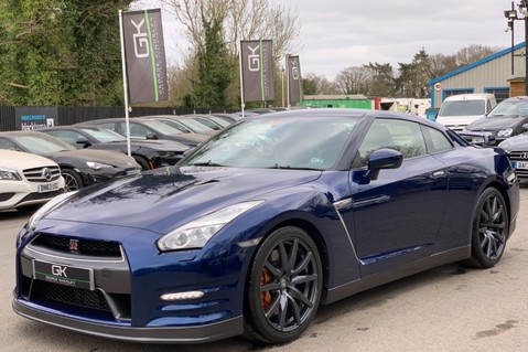 Nissan GT-R V6 - LOW MILEAGE - FULL GTR SPECIALIST SERVICE HISTORY 8