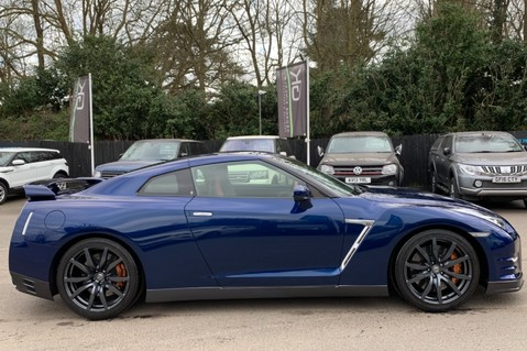 Nissan GT-R V6 - LOW MILEAGE - FULL GTR SPECIALIST SERVICE HISTORY 4