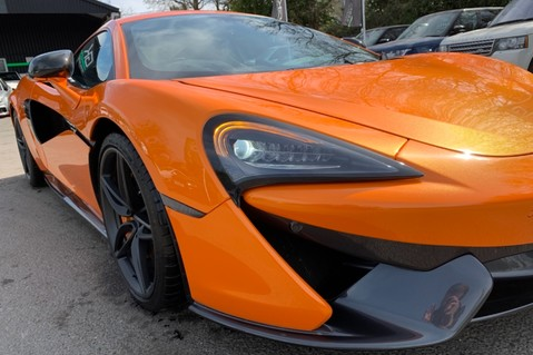 McLaren 570S V8 SSG - VENTURA ORANGE - SPORTS EXHAUST- LUX PACK- B&W -CARBON -SOFT CLOSE 29