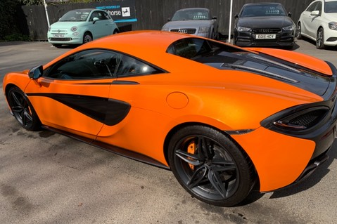McLaren 570S V8 SSG - VENTURA ORANGE - SPORTS EXHAUST- LUX PACK- B&W -CARBON -SOFT CLOSE 35