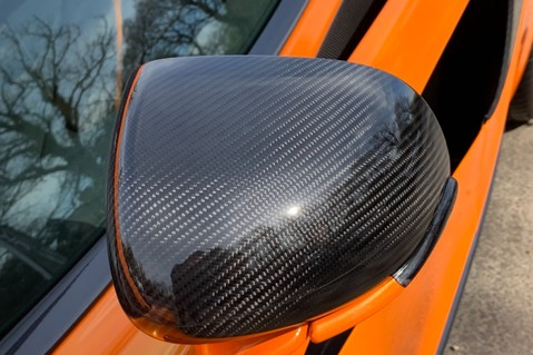 McLaren 570S V8 SSG - VENTURA ORANGE - SPORTS EXHAUST- LUX PACK- B&W -CARBON -SOFT CLOSE 42