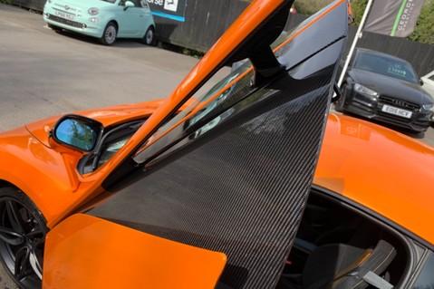 McLaren 570S V8 SSG - VENTURA ORANGE - SPORTS EXHAUST- LUX PACK- B&W -CARBON -SOFT CLOSE 47