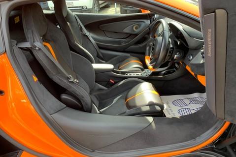 McLaren 570S V8 SSG - VENTURA ORANGE - SPORTS EXHAUST- LUX PACK- B&W -CARBON -SOFT CLOSE 11