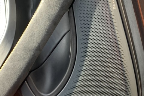 McLaren 570S V8 SSG - VENTURA ORANGE - SPORTS EXHAUST- LUX PACK- B&W -CARBON -SOFT CLOSE 54