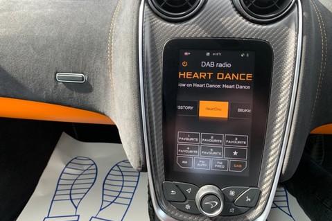 McLaren 570S V8 SSG - VENTURA ORANGE - SPORTS EXHAUST- LUX PACK- B&W -CARBON -SOFT CLOSE 64