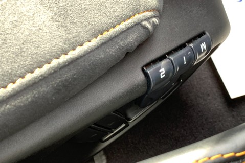 McLaren 570S V8 SSG - VENTURA ORANGE - SPORTS EXHAUST- LUX PACK- B&W -CARBON -SOFT CLOSE 73