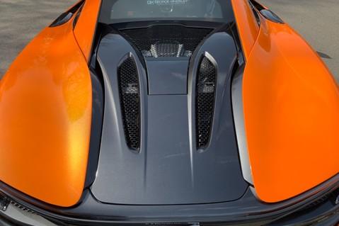 McLaren 570S V8 SSG - VENTURA ORANGE - SPORTS EXHAUST- LUX PACK- B&W -CARBON -SOFT CLOSE 88