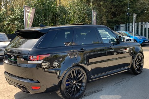 Land Rover Range Rover Sport 5.0 V8 S/C SVR - TRIPLE BLACK - CARBON INTERIOR PACK - SLIDING PAN ROOF 5