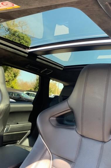 Land Rover Range Rover Sport 5.0 V8 S/C SVR - TRIPLE BLACK - CARBON INTERIOR PACK - SLIDING PAN ROOF