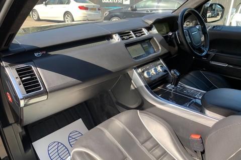 Land Rover Range Rover Sport 5.0 V8 S/C SVR - TRIPLE BLACK - CARBON INTERIOR PACK - SLIDING PAN ROOF 33
