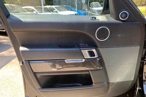 Land Rover Range Rover Sport 5.0 V8 S/C SVR - TRIPLE BLACK - CARBON INTERIOR PACK - SLIDING PAN ROOF 34