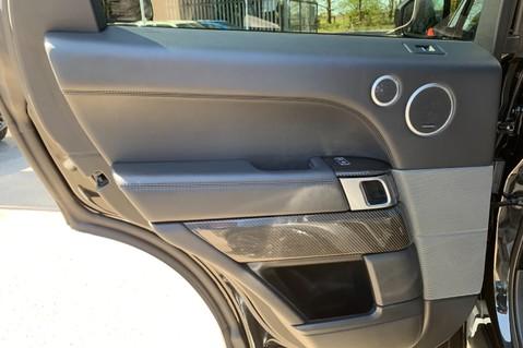 Land Rover Range Rover Sport 5.0 V8 S/C SVR - TRIPLE BLACK - CARBON INTERIOR PACK - SLIDING PAN ROOF 41
