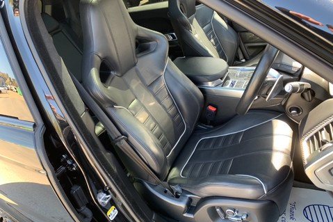 Land Rover Range Rover Sport 5.0 V8 S/C SVR - TRIPLE BLACK - CARBON INTERIOR PACK - SLIDING PAN ROOF 10