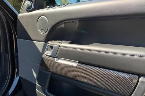 Land Rover Range Rover Sport 5.0 V8 S/C SVR - TRIPLE BLACK - CARBON INTERIOR PACK - SLIDING PAN ROOF 59