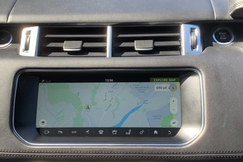 Land Rover Range Rover Sport 5.0 V8 S/C SVR - TRIPLE BLACK - CARBON INTERIOR PACK - SLIDING PAN ROOF 67