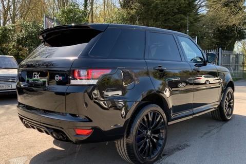 Land Rover Range Rover Sport 5.0 V8 S/C SVR - TRIPLE BLACK - CARBON INTERIOR PACK - SLIDING PAN ROOF 95