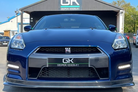 Nissan GT-R V6- LOW MILEAGE - FULL GTR SPECIALIST SERVICE HISTORY 9