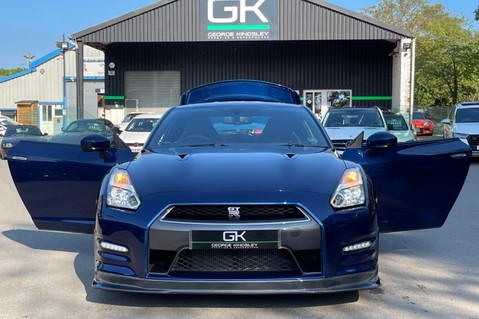 Nissan GT-R V6- LOW MILEAGE - FULL GTR SPECIALIST SERVICE HISTORY 15