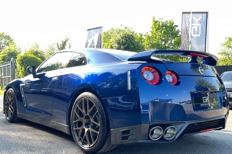 Nissan GT-R V6- LOW MILEAGE - FULL GTR SPECIALIST SERVICE HISTORY 24