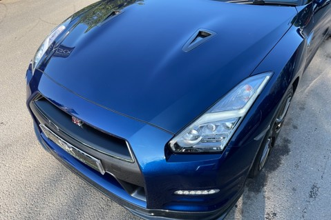 Nissan GT-R V6- LOW MILEAGE - FULL GTR SPECIALIST SERVICE HISTORY 29