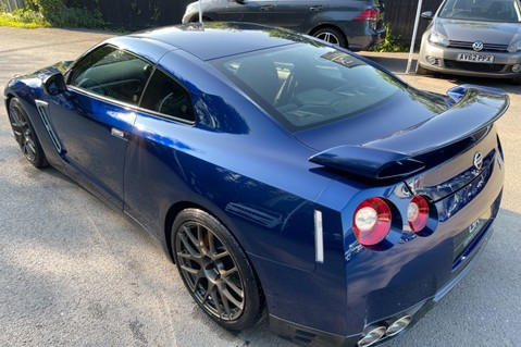 Nissan GT-R V6- LOW MILEAGE - FULL GTR SPECIALIST SERVICE HISTORY 33