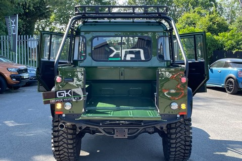 Land Rover Defender 110 TD5 DOUBLE CAB SPECTRE - LAMBORGHINI VERDE ERMES PEARL GREEN 12