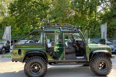 Land Rover Defender 110 TD5 DOUBLE CAB SPECTRE - LAMBORGHINI VERDE ERMES PEARL GREEN 14