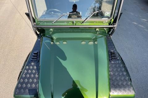 Land Rover Defender 110 TD5 DOUBLE CAB SPECTRE - LAMBORGHINI VERDE ERMES PEARL GREEN 25