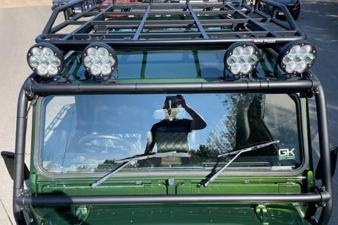Land Rover Defender 110 TD5 DOUBLE CAB SPECTRE - LAMBORGHINI VERDE ERMES PEARL GREEN 28