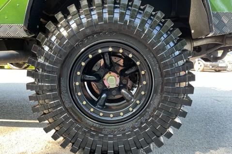 Land Rover Defender 110 TD5 DOUBLE CAB SPECTRE - LAMBORGHINI VERDE ERMES PEARL GREEN 49